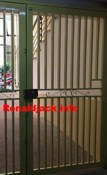 Khóa cửa cổng phòng trọ lắp vân tay